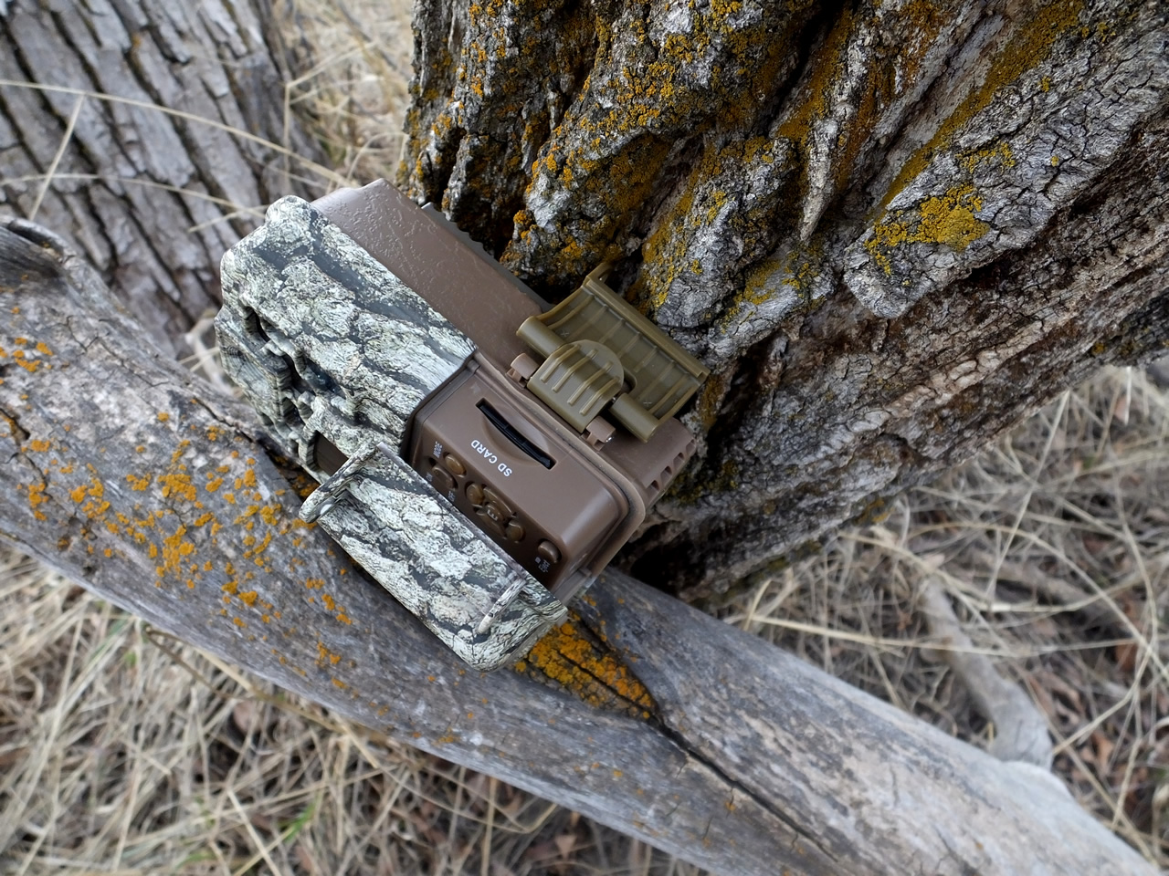 Browning Recon Force BTC-7FHD Trail Camera Door Latch